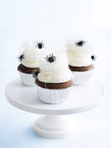 halloween ideas // pinterest favorites // via www.simplifiedbee.com