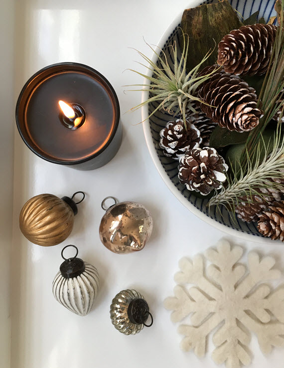 holiday decor prep // via @simplifiedbee