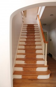 painted staircase before runner // @simplifiedbee