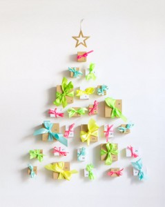 DIY present advent calendar // via @simplifiedbee