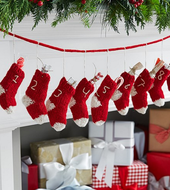 knit stocking garland // advent calendar ideas // via @simplifiedbee