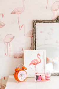 pink flamingo wallpaper // girls bedroom // @simplifiedbee