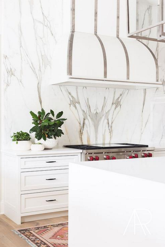 hood + marble // kitchen