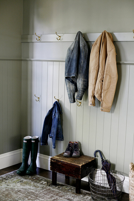 simple mudroom entry // H2 Design + Build