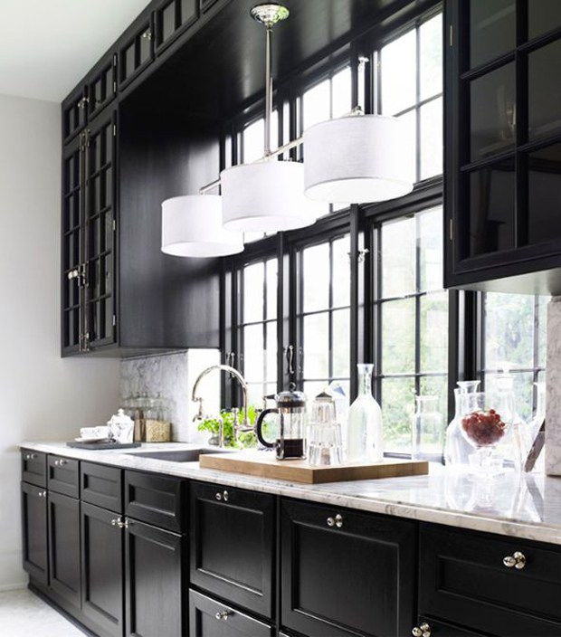 Kitchen Design Ideas An Interview With Johnny Grey: Black-and-white-kitchen-Marianne-Brandi