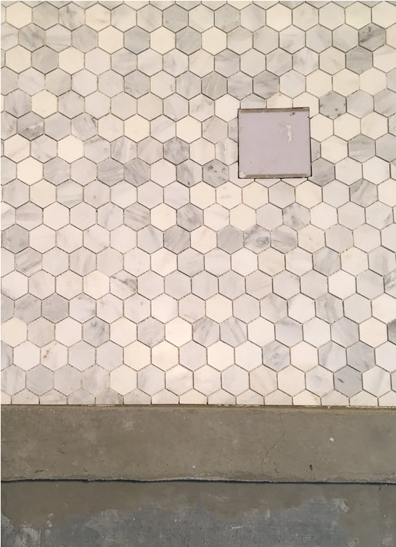 master bathroom // marble hex tile // @simplifiedbee #oneroomchallenge