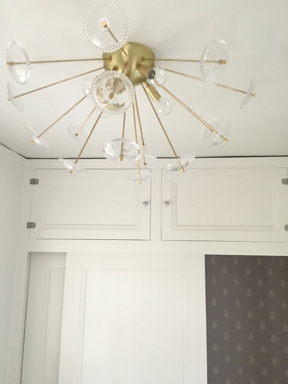 flush mount sputnik light fixture // lucent light shop // @simplifiedbee #oneroomchallenge