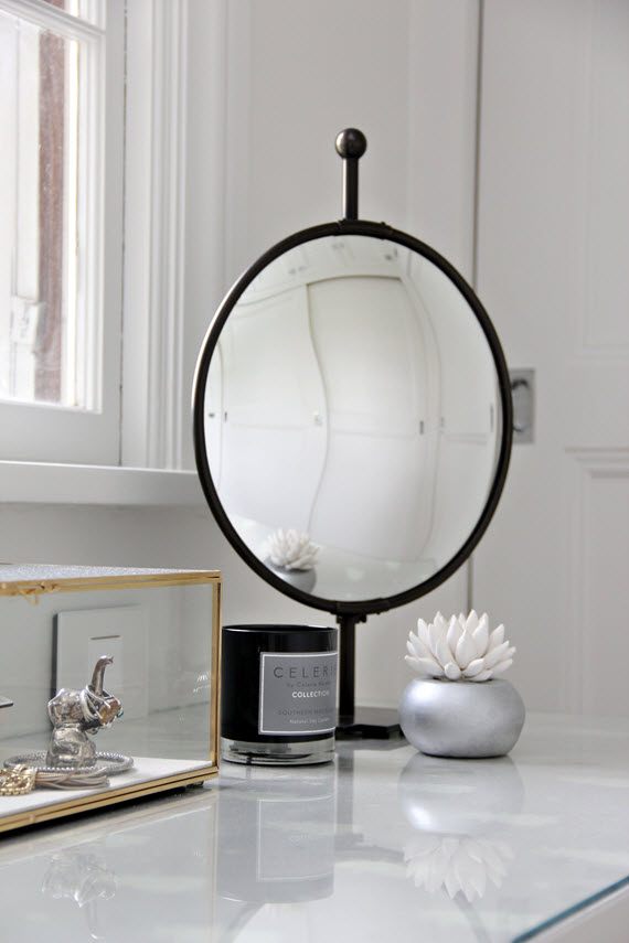 bathroom vanity // round table mirror // @simplifiedbee #oneroomchallenge