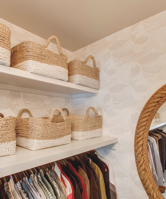 walk-in closet // beach vibe decor // @simplifiedbee #oneroomchallenge