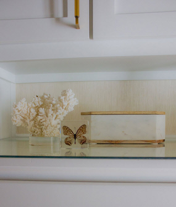 walk-in closet // marble box // @simplifiedbee #oneroomchallenge