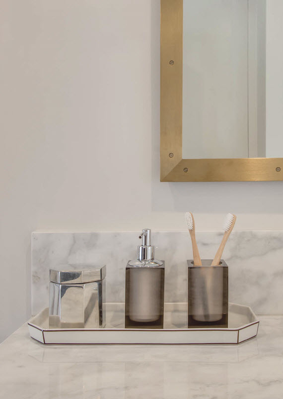 waterworks bathroom accessories // @simplifiedbee #oneroomchallenge