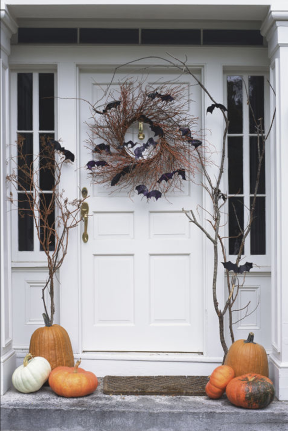 Halloween front door decor simplified bee for Front door decor