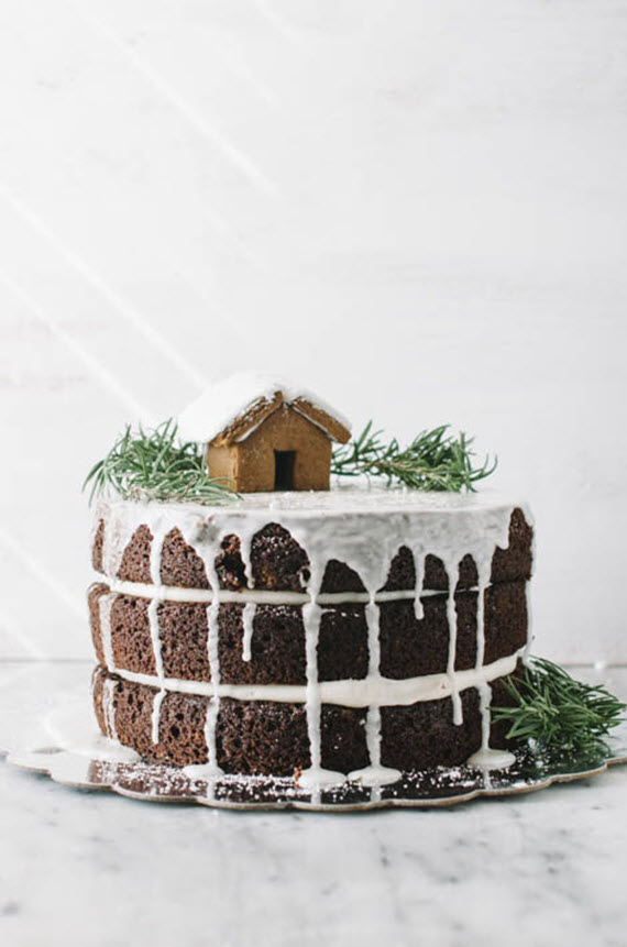 layered gingerbread cake // holiday goodies
