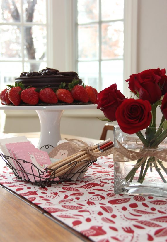 Valentine's Day tablescape // @simplifiedbee @minted