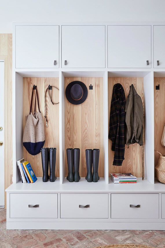 organized mudroom #getorganized