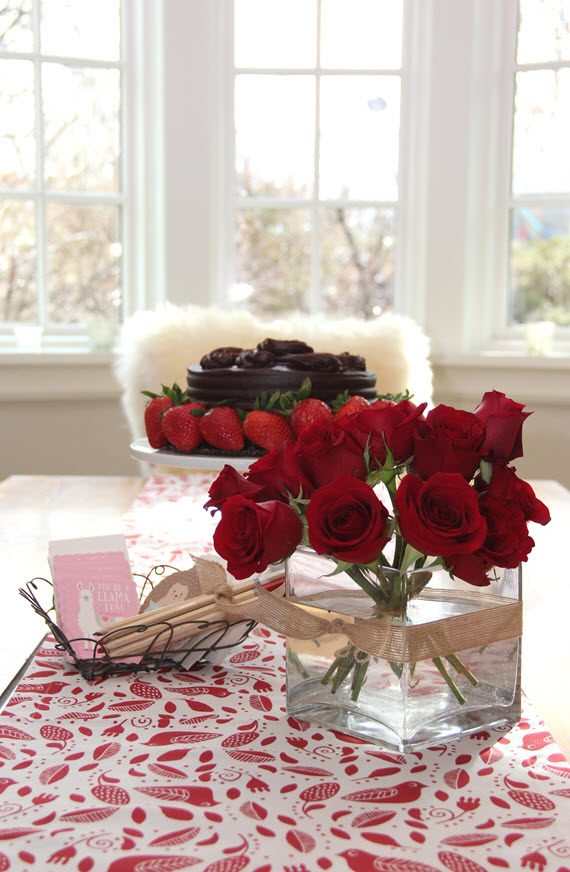 Valentine's Day tablescape // @simplifiedbee