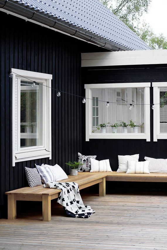 black + white patio decor