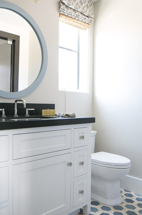 traditional bathroom // brooke wagner designer