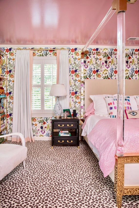 floral wallpaper + pink ceiling // bedroom // the english room