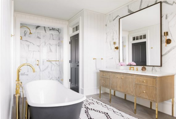 beach house marble bathroom // cortney bishop design