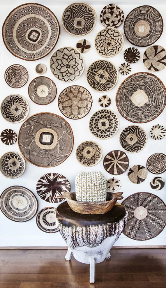 african basket artwall // decorating with baskets // @simplifiedbee