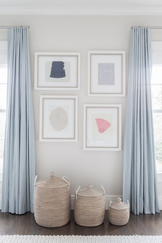 nursery room with baskets // decorating with baskets // @simplifiedbee