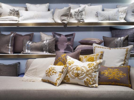 Designer Throw Pillow By Ankasa