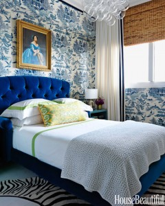toile grasscloth wallcovering in blue // Robert Passal