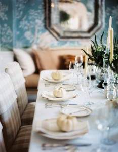 Thanksgiving table setting // dining room // Lonny