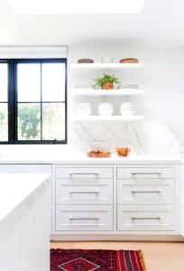 white marble kitchen // maggie pierson