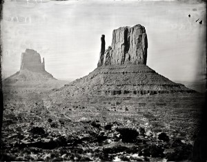 monument valley // artist ian ruhter